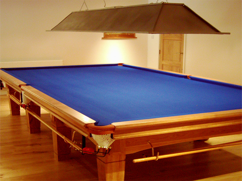 Snooker tables pool tables bar billiards hubble sports - Taille table snooker ...